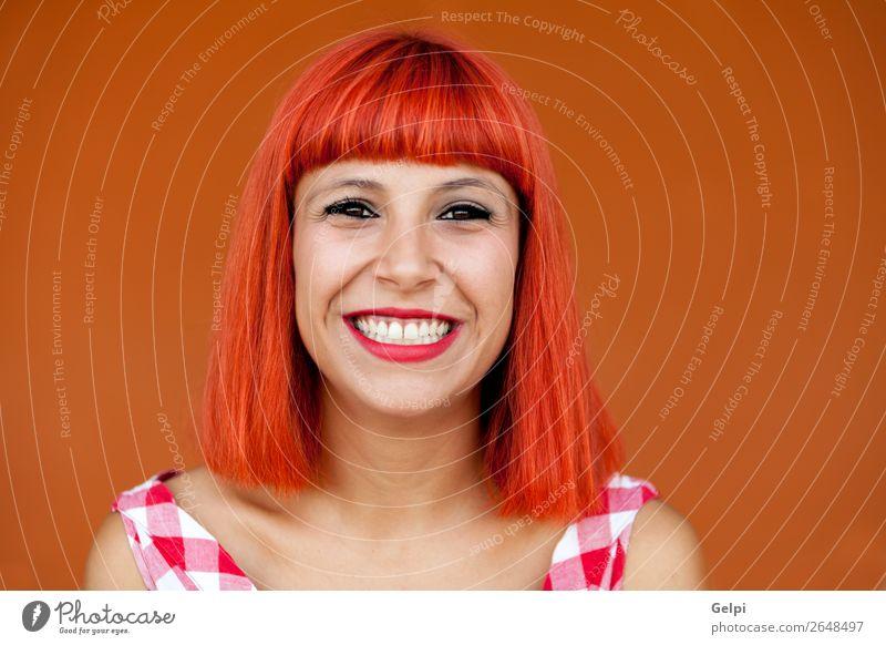 Frau Mensch Sommer schön weiß rot Erotik Freude Gesicht Lifestyle Erwachsene Glück Stil Mode Haare & Frisuren Lächeln
