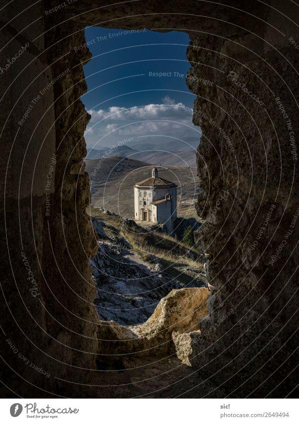 Rocca Calascio Ferien & Urlaub & Reisen Tourismus Ausflug Berge u. Gebirge Landschaft Himmel Wolken Horizont Schönes Wetter Felsen Abruzzen Italien Europa