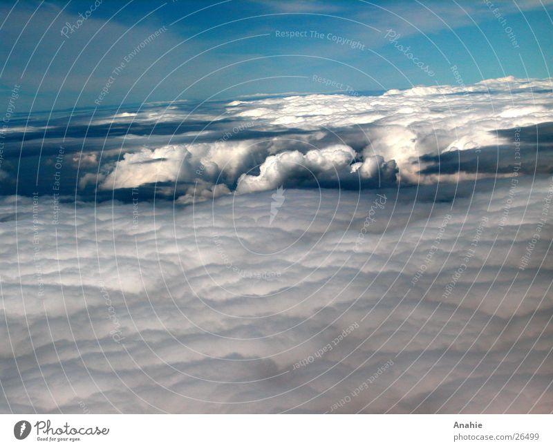 Wolkeneinsturz Himmel weiß blau Wolken Loch Am Rand Zusammenbruch