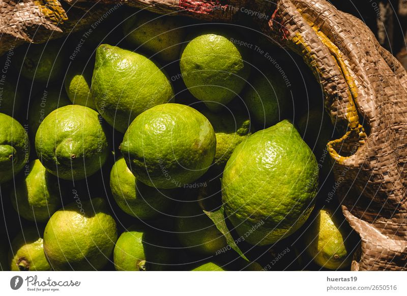Essensstände auf der Straße Lebensmittel Gemüse Frucht Mittagessen Abendessen Ferien & Urlaub & Reisen Kultur Coolness lecker oben gelb Tradition Straßenmarkt