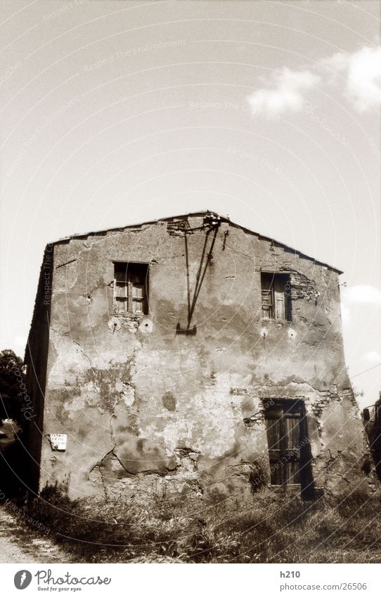 haus.italien2 alt Haus Gebäude Architektur Perspektive verfallen