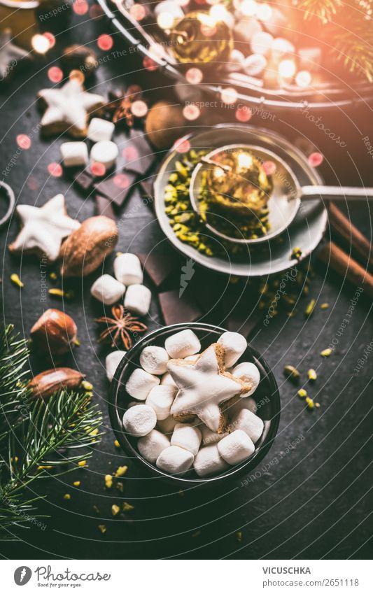 Marshmallow und Plätzchen für Weihnachten Dessert Süßwaren Schokolade Ernährung Festessen Getränk Kakao Geschirr kaufen Stil Design Winter Häusliches Leben
