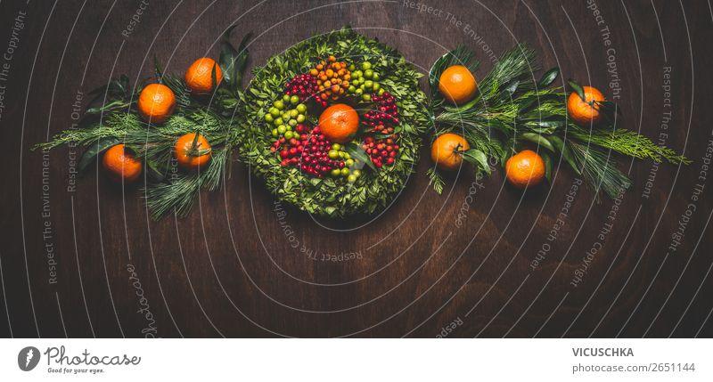 Clementinen und Nadelzweige Girlande mit Kranz Stil Design Winter einrichten Dekoration & Verzierung Feste & Feiern Weihnachten & Advent Blumenstrauß Ornament