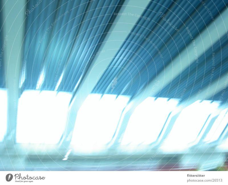 gesundbrunnen Architektur Bahnhof Neonlicht S-Bahn