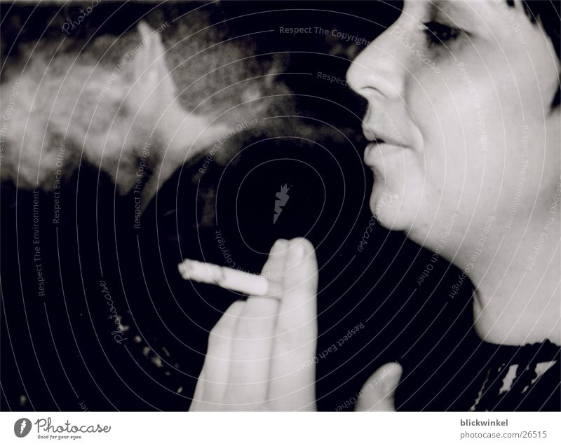 Genus? Zigarette Hand Gastronomie Rauch Gesicht Kneipe