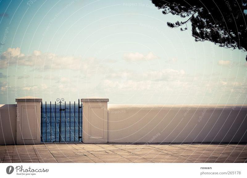 zum meer Himmel Sommer Schönes Wetter Baum Wellen Küste Meer Mauer Wand Garten Tür Freundlichkeit einzigartig Wärme ruhig Tor Gartentor Blatt mediterran