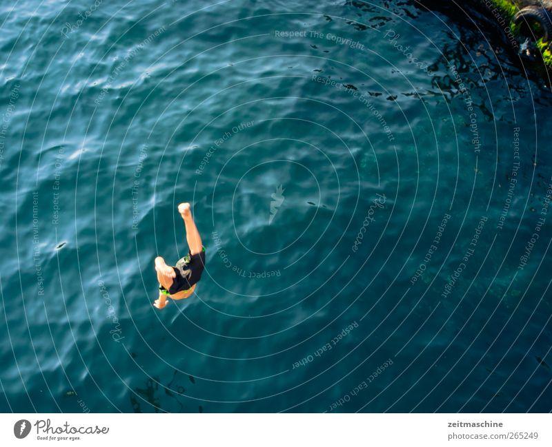 free Freude Schwimmen & Baden Wellen Wassersport Mensch Beine Fuß 1 Schönes Wetter Fluss springen außergewöhnlich Tapferkeit Leben Beginn Farbfoto Außenaufnahme