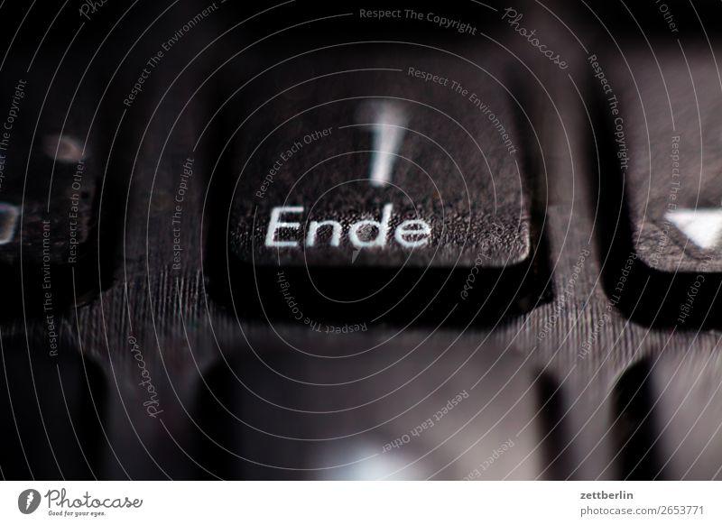 Ende Wort Bildschirm Information hashtag Matrix Mitteilung Raster Schlagwort Schriftzeichen Kampagne Kommunizieren Telekommunikation Schwache Tiefenschärfe