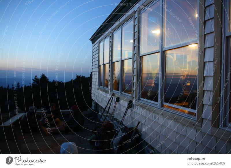 Appalachian Trail (untitled) #6 Himmel blau Meer Sommer Landschaft Fenster Berge u. Gebirge Luft Zufriedenheit rosa warten wandern Abenteuer Abenddämmerung Fensterscheibe Wolkenloser Himmel