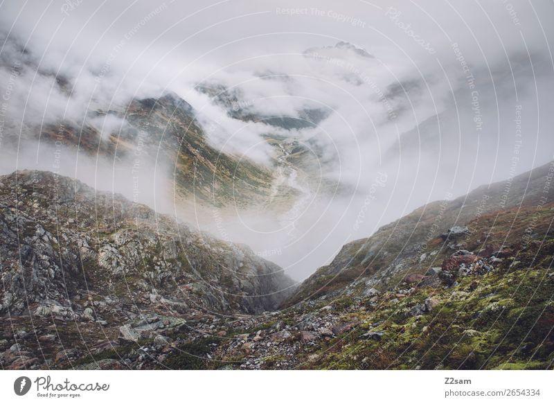 Blick Richtung Mittelberg im Pitztal | E5 Abenteuer wandern Natur Landschaft Wolken Herbst schlechtes Wetter Nebel Alpen Berge u. Gebirge Gletscher bedrohlich