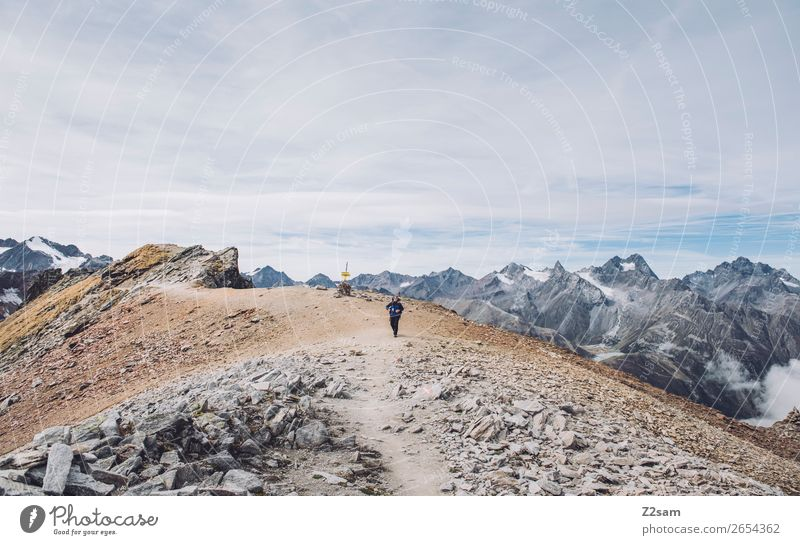 Pitztaler Jöchl | E5 Abenteuer Freiheit Berge u. Gebirge wandern Mensch Umwelt Natur Landschaft Himmel Herbst Alpen Gipfel Gletscher hoch Einsamkeit Erholung