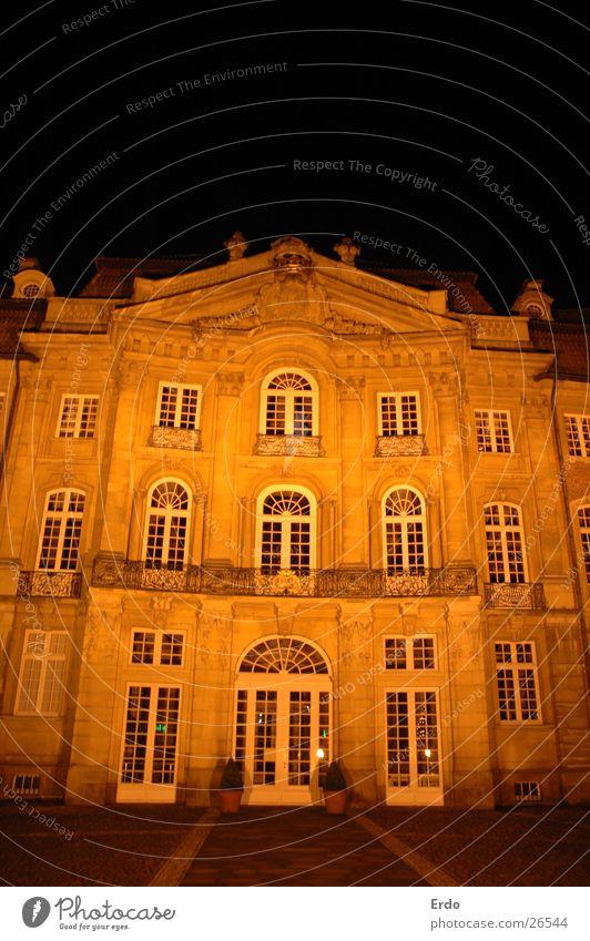 Zu Münster I Haus Gebäude historisch Fassade dunkel Nachtaufnahme Architektur