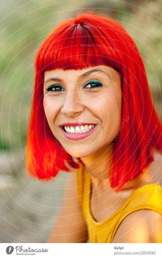 Frau Mensch Natur Sommer Pflanze Farbe schön weiß rot Erotik ruhig Freude Gesicht Lifestyle Erwachsene gelb
