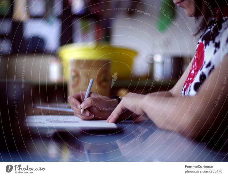 Creativity. feminin Junge Frau Jugendliche Erwachsene Arme Hand Finger 1 Mensch 13-18 Jahre Kind 18-30 Jahre Freizeit & Hobby Freude Kreativität zeichnen