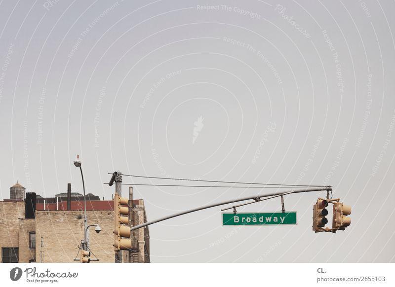 broadway Ferien & Urlaub & Reisen Tourismus Städtereise Himmel Wolkenloser Himmel Schönes Wetter New York City Broadway USA Stadt Stadtzentrum Menschenleer Haus
