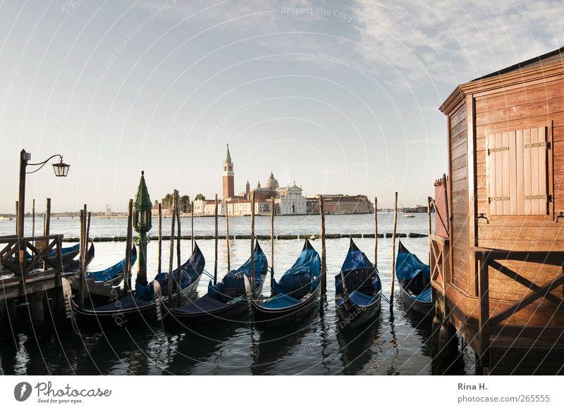 Morgens um 6.29 Uhr ist die Welt noch in Ordnung Wasser Ferien & Urlaub & Reisen Sommer ruhig Wärme Ausflug Tourismus Kirche Schönes Wetter Italien Aussicht