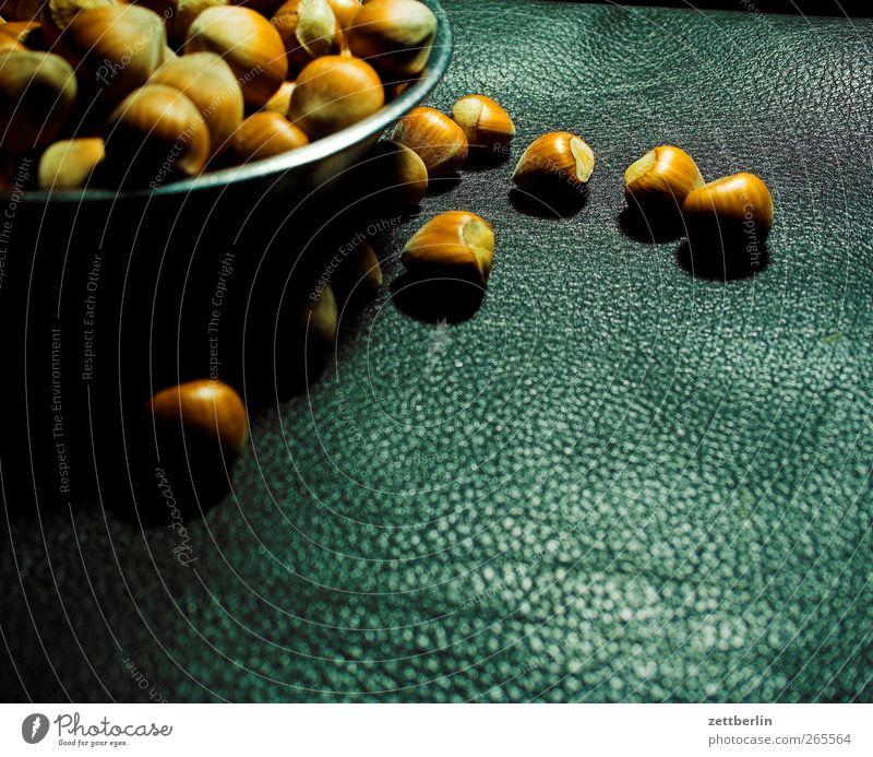 Nüsse Lebensmittel Frucht Dessert Ernährung Bioprodukte Vegetarische Ernährung Slowfood Fingerfood gut Nuss Haselnuss Leder Schalen & Schüsseln Farbfoto