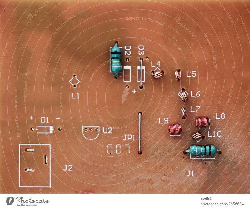 Aufgeräumt Technik & Technologie High-Tech Halbleiter Metall Kunststoff Zeichen Schriftzeichen Ziffern & Zahlen klein nah Kommunizieren kompetent komplex
