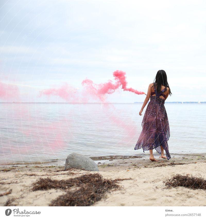 pink steam (III) Frau Mensch Himmel schön Freude Strand Erwachsene Leben feminin Küste Bewegung außergewöhnlich Stein Sand Horizont ästhetisch