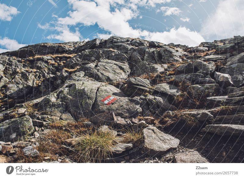 Wandermarkierung in den Südtiroler Alpen | E5 Abenteuer wandern Natur Landschaft Himmel Wolken Sonne Schönes Wetter Felsen Berge u. Gebirge hoch natürlich