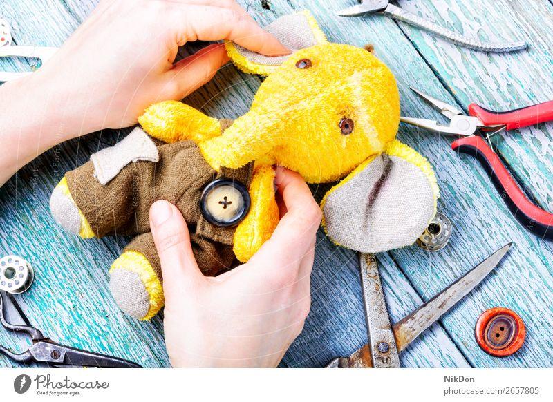 Handgemachter Spielzeug-Elefant Handwerk handgefertigt Dekoration & Verzierung Filz Nähen Design Kunst Kind selbstgemacht Basteln Faser Hobby nähen Konzept