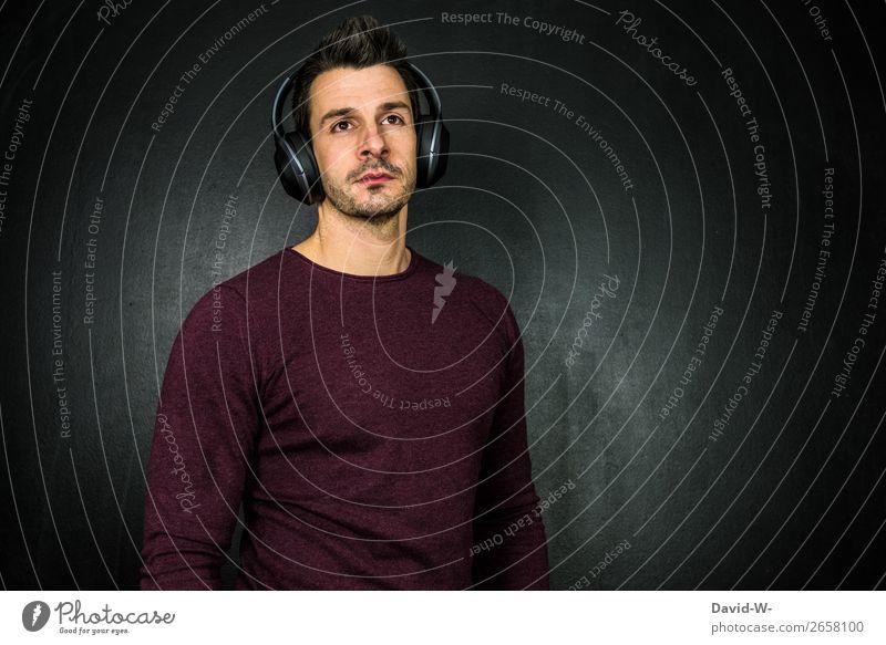 und was hörst du so? Mensch Jugendliche Mann Junger Mann Erholung ruhig 18-30 Jahre Gesicht Lifestyle Erwachsene Leben Party Freizeit & Hobby maskulin Musik