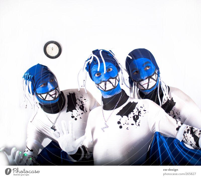 Die Zwangsjacken : Symphonie I Mensch Mann Jugendliche blau weiß Erwachsene Haare & Frisuren Kopf Stil Kunst Freizeit & Hobby maskulin verrückt 18-30 Jahre