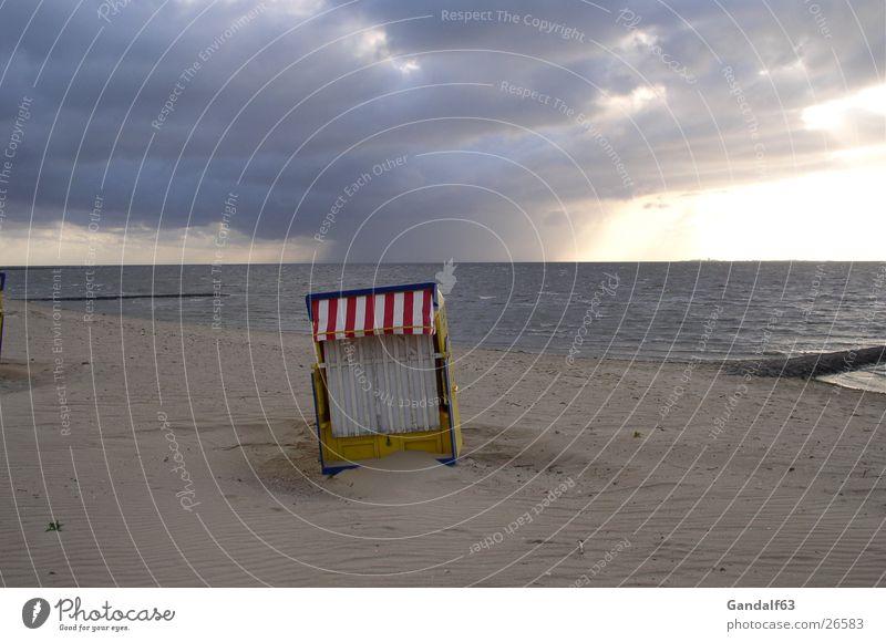 Cuxiland-Impressionen 3 Cuxhaven Strand Strandkorb Unwetter Licht Europa Sand Gewitter