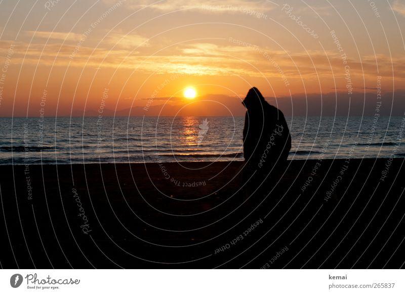 Kapuze hoch. Sonne runter. Mensch maskulin Mann Erwachsene Leben Rücken Silhouette 1 Umwelt Natur Landschaft Wasser Himmel Wolken Sonnenaufgang Sonnenuntergang