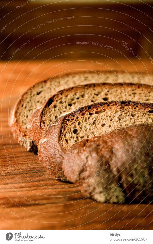 geschnitten Brot Lebensmittel Teigwaren Backwaren Bioprodukte authentisch lecker braun Appetit & Hunger Anschnitt Brotscheibe Holzbrett Vesper Graubrot