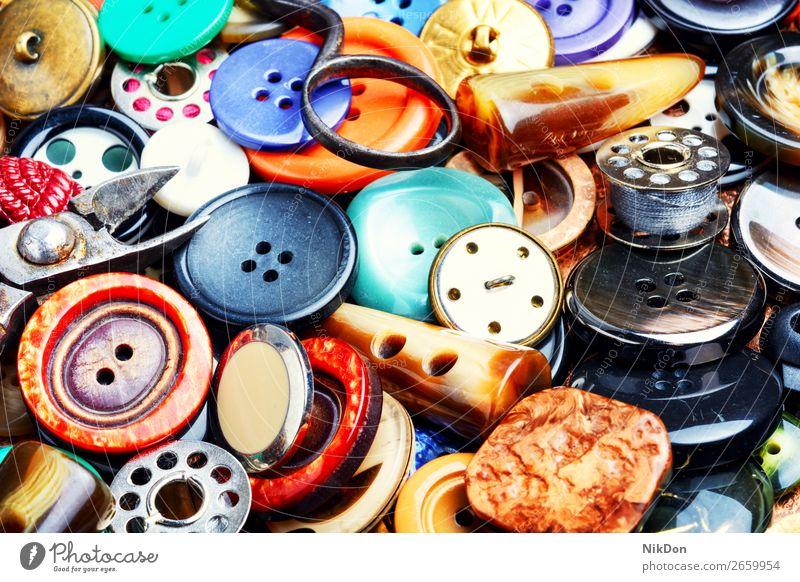 Hintergrund der Nähknöpfe Schaltfläche Nähen Mode nähen Bekleidung Schneider Design kreisen mischen Textur Sammlung Kunststoff farbenfroh Handarbeit Nahaufnahme