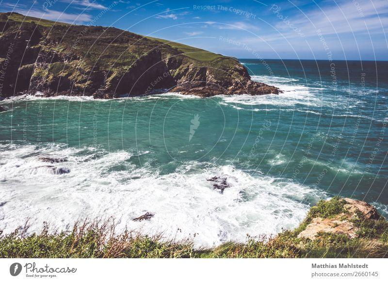 Küste von Tintagel in England Ferien & Urlaub & Reisen Tourismus Ferne Sommer Sommerurlaub Sonne Meer Wellen Umwelt Natur Landschaft Wasser Himmel