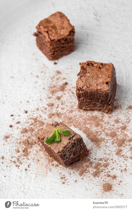 Schokoladenbrownie mit Minze Lebensmittel Dessert Süßwaren Frühstück Kaffeetrinken Kunst frisch lecker süß braun weiß Brownie Essen: Dessert gebastelt