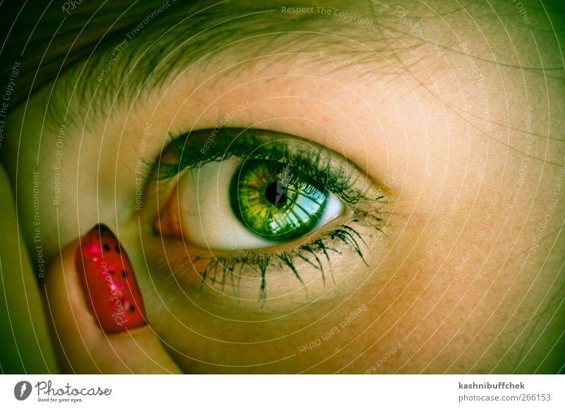 Green Eye Haare & Frisuren Haut Gesicht Maniküre Kosmetik Nagellack Wimperntusche feminin Junge Frau Jugendliche Auge Finger 1 Mensch brünett langhaarig Blick