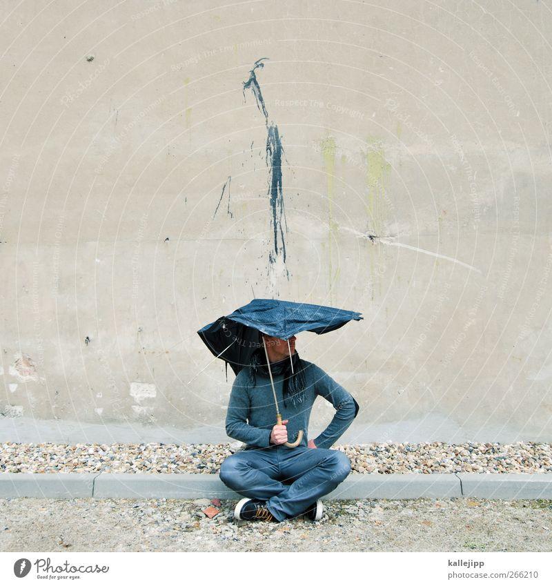 shitstorm Mensch maskulin Mann Erwachsene 1 Kunst Regen Mauer Wand Jeanshose Pullover Schal Regenschirm Turnschuh Graffiti hocken dreckig Farbstoff Farbfleck