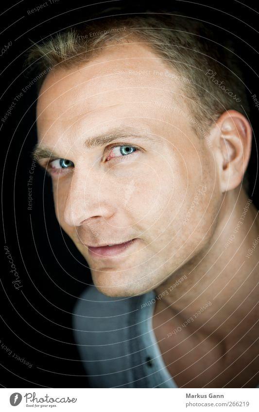 The Look Mensch Mann Jugendliche blau Erwachsene Auge Kopf lachen Stil blond Mund natürlich maskulin Nase Lifestyle Neugier