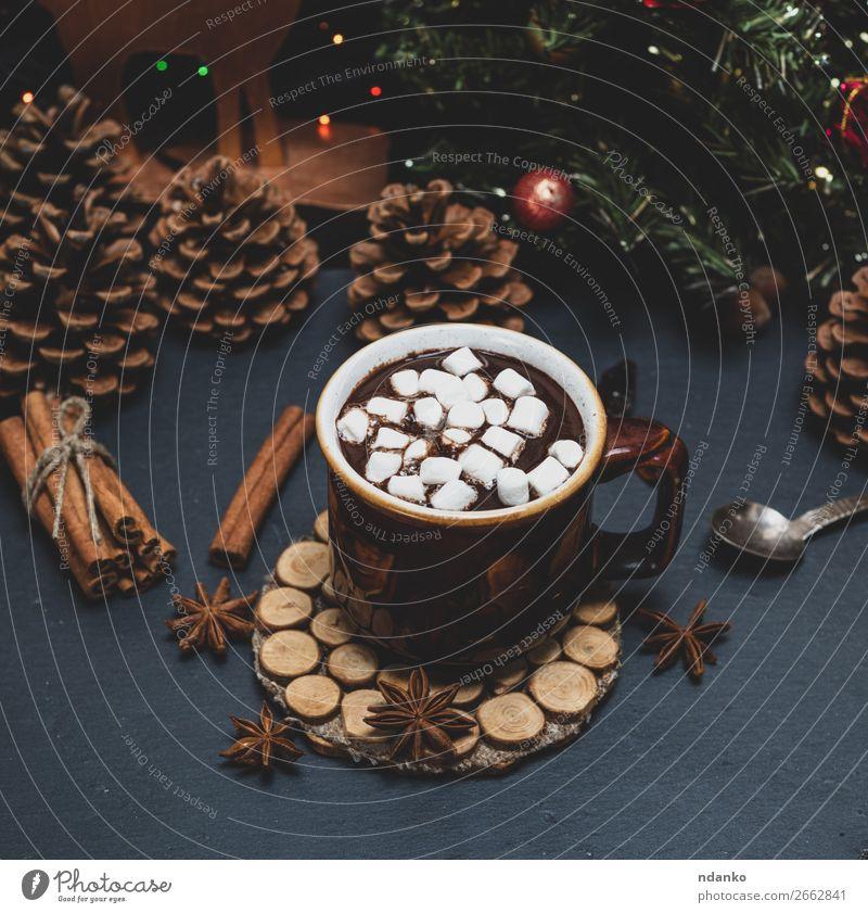 Tasse mit heißer Schokolade und weißer Marshmallow Dessert Frühstück Heißgetränk Kakao Winter Dekoration & Verzierung dunkel braun Weihnachten trinken Feiertag