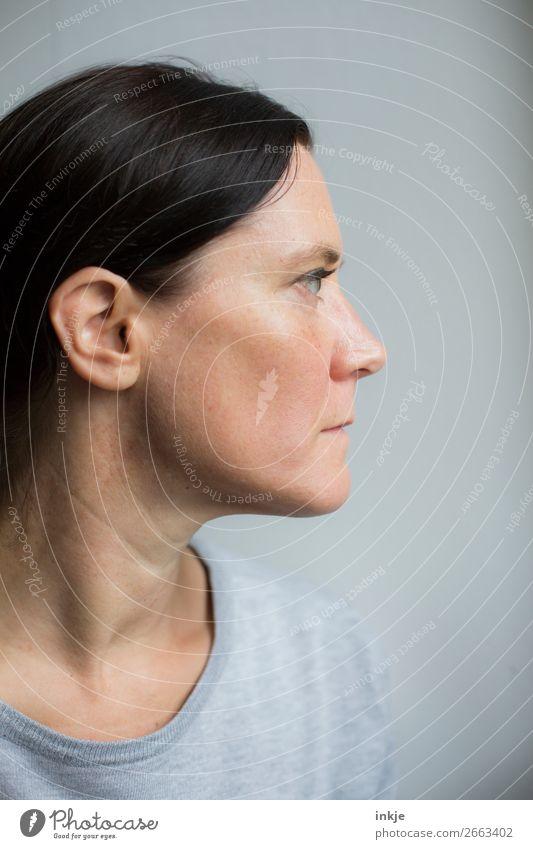 Profil Frau Mensch Jugendliche schön 18-30 Jahre Gesicht Erwachsene Leben natürlich Stil Haare & Frisuren Kopf authentisch rein dünn langhaarig