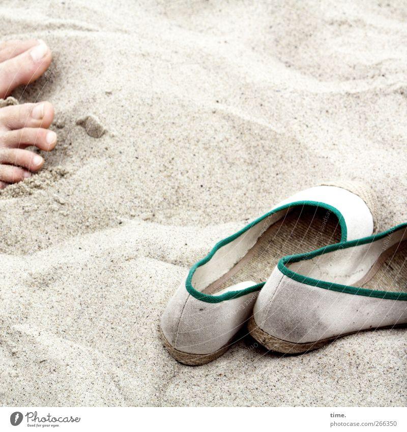 KI09 | Sandbad Mensch Ferien & Urlaub & Reisen Strand Freude Erholung Umwelt Sand Fuß Gesundheit Schuhe Tourismus Stoff Idylle Ostsee Lebensfreude Wohlgefühl