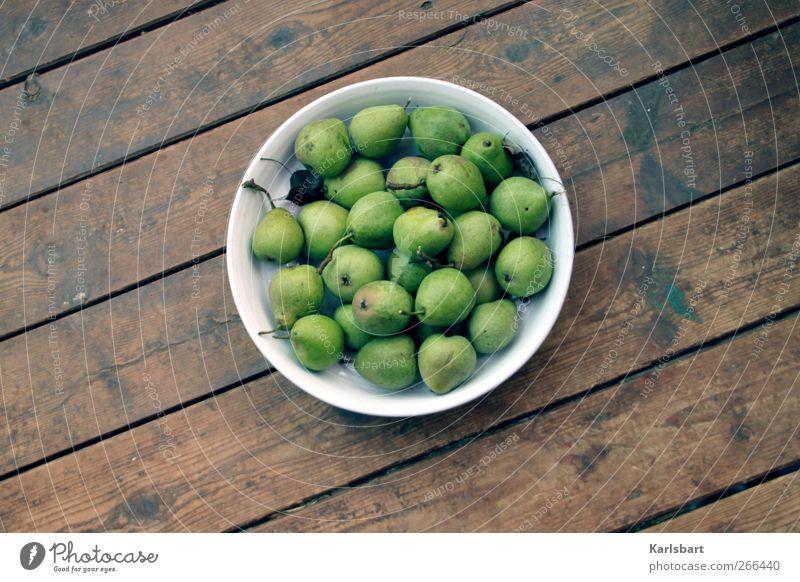 Ich glaub es birnt! Natur Umwelt Leben Holz Garten Gesundheit Frucht Lebensmittel Ernährung Dekoration & Verzierung Häusliches Leben Lifestyle Boden süß