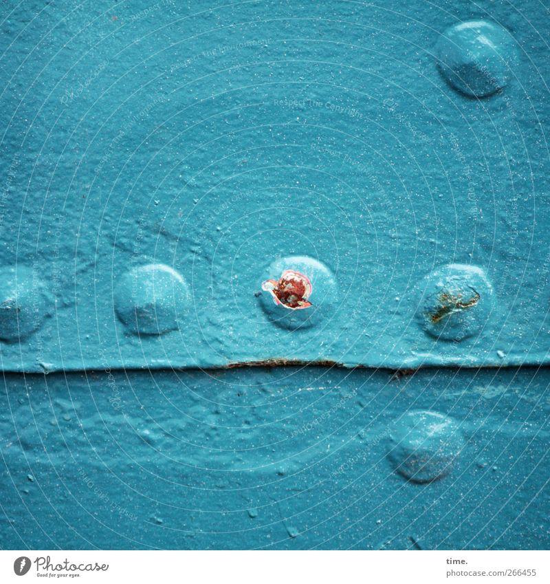 KI09 | Rostbeule alt Metall Ordnung Design planen bedrohlich Vergänglichkeit Schifffahrt Zusammenhalt Oberfläche Lack Wahrheit maritim Farben und Lacke Niete