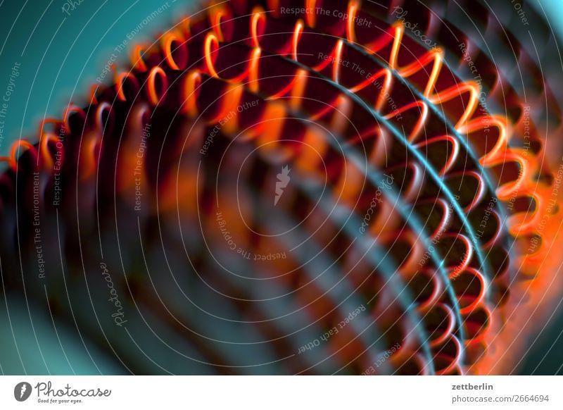 Heizsonne Elektrizität elektrisch Glut glühend Heizperiode Heizung Heizkörper Heizspirale heiß Draht rotglühend