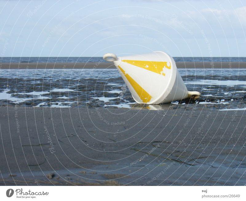 Boje am Strand Sand Nordsee flach Ebbe