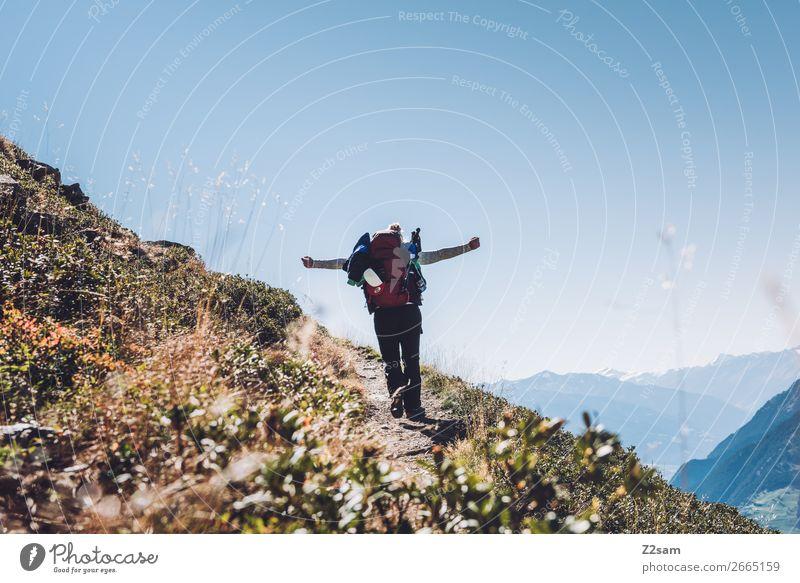E5 Alpenüberquerung | Hirzer Südtirol Ferien & Urlaub & Reisen Expedition Berge u. Gebirge wandern Klettern Bergsteigen Junge Frau Jugendliche 18-30 Jahre