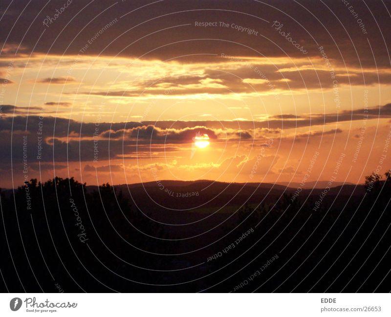THE SUN Sonnenuntergang oben Berge u. Gebirge dem Amerika