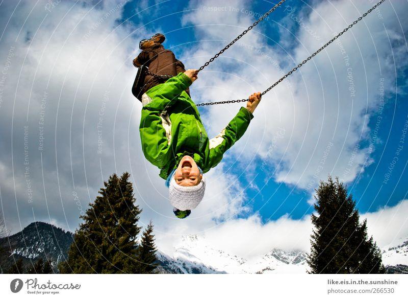 wochenendeeeee! Mensch Frau Kind Jugendliche Winter Freude Erwachsene Schnee feminin Leben Berge u. Gebirge Spielen Glück lachen Zufriedenheit fliegen