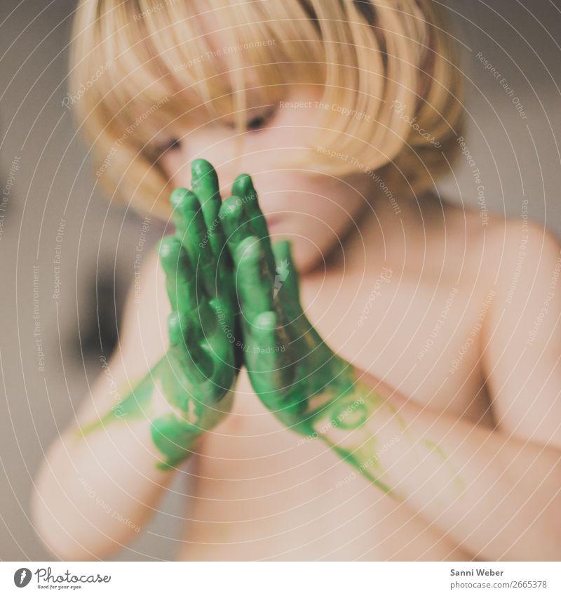 childrens hand Mensch maskulin Kind Kindheit Leben Körper Haut Kopf Haare & Frisuren Gesicht Arme Hand Finger 1 3-8 Jahre Künstler Maler berühren Bewegung