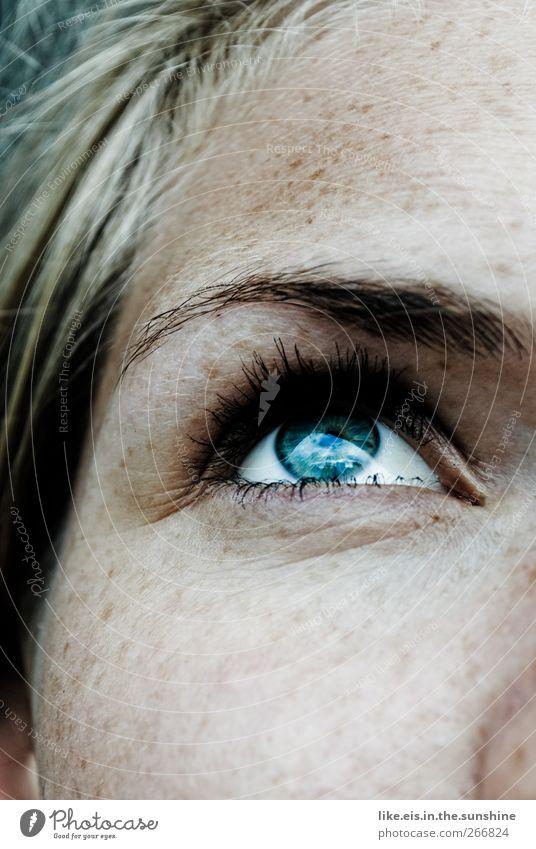 wenns jetzt sommer wär... Mensch Frau Jugendliche blau schön Gesicht Erwachsene Erholung Auge feminin Leben Haare & Frisuren Kopf Denken blond glänzend