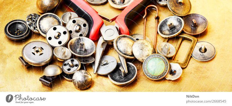 Schneider-Nähwerkzeuge Schaltfläche Nähen Zange Nadel Handwerk Werkzeug nähen Handarbeit Herstellung handgefertigt Hobby Gewebe Stickereien Mode Wulst Bausatz