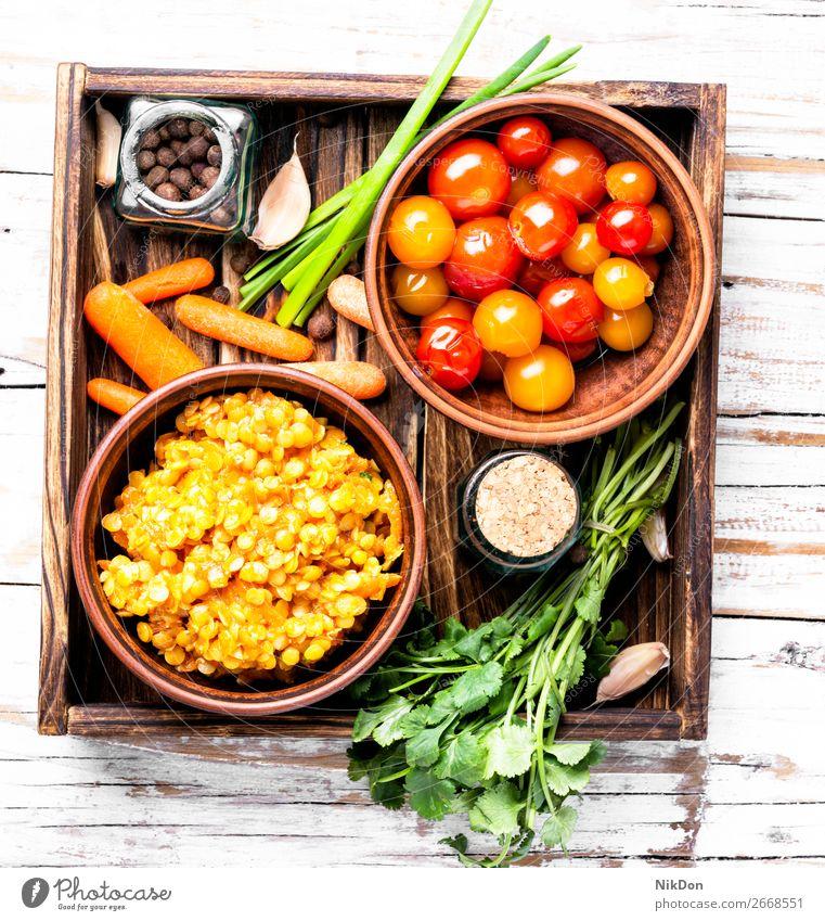 Beliebtes asiatisches Linsenfutter Vegetarier Lebensmittel Gesundheit Schalen & Schüsseln Gemüse Diät Veganer grün Ernährung Hülsenfrüchtler rustikal Korn